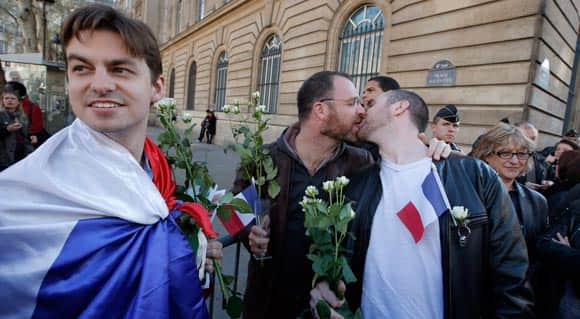 france-legalizes-marriage-equality-despite-angry-protests-feature6.jpg