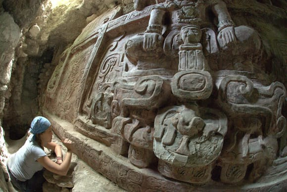 giant-mayan-carvings-feature.jpg