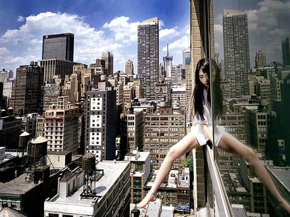 high-art-this-woman-climbs-skyscrapers-and-takes-dizzying-photos-of-herself-feature5.jpg
