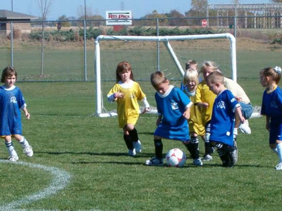 kids-play-soccer-feature.jpg