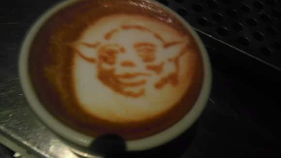 latte-art-yoda.jpg