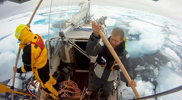 melting-ice-these-guys-have-done-the-impossible-they-made-it-across-the-arctic-in-a-sailboat-feature4.jpg
