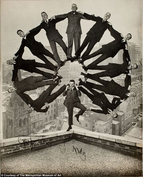met-photoshop-feature-circle-men.jpg