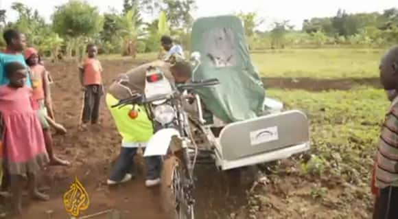 motorbike-ambulance-working.jpg