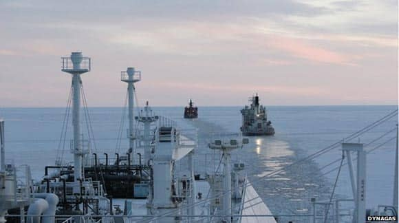 natural-gas-tanker-could-be-the-first-to-cross-the-arctic-during-the-winter-going-from-norway-to-japan-feature1.jpg