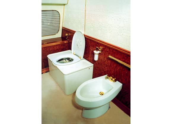 putin-toilet.jpg