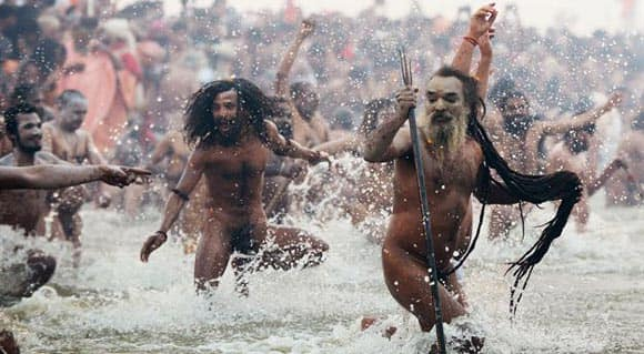 quite-possibly-the-biggest-gathering-on-earth-millions-of-hindus-bathe-in-ganges-river-to-wash-away-sins-thumb.jpg