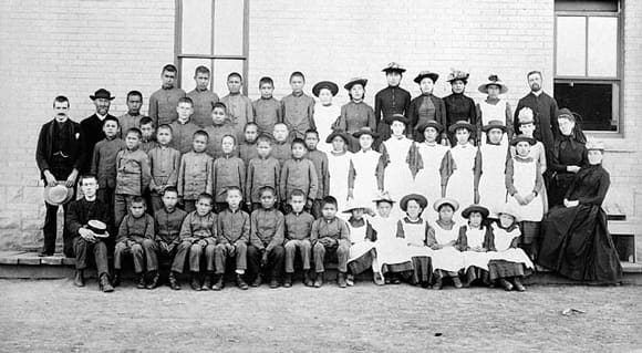 residential-schools-students-feature.jpg