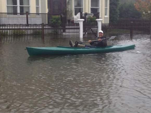 sandy-kayak-before-storm-tvmarci-twitter.jpg