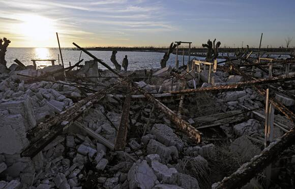 submerged-ruins.jpg
