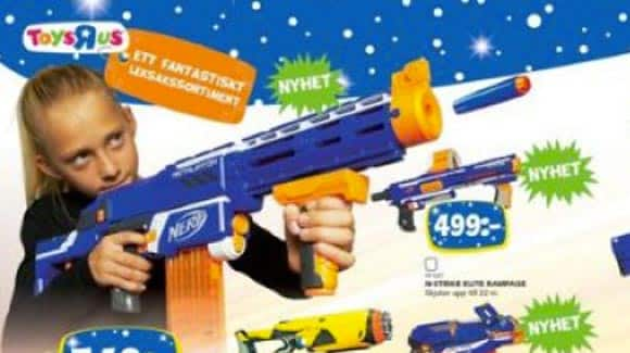 swedish-toy-company-puts-out-christmas-catalogue-with-gender-neutral-photos-to-break-down-stereotypes-feature4.jpg