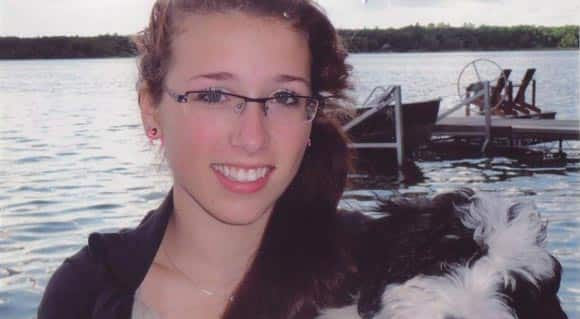 vigils-being-held-to-honour-the-memory-of-Rehtaeh-Parsons-feature1.jpg