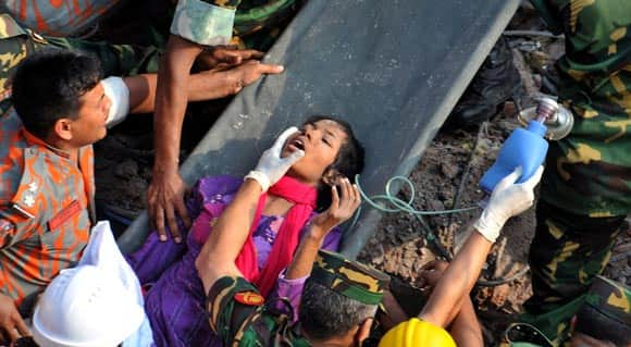 woman-found-alive-after-17-days-in-rubble-of-collapsed-building-in-bangladesh-feature2.jpg