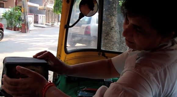 women-cabbies-1.jpg