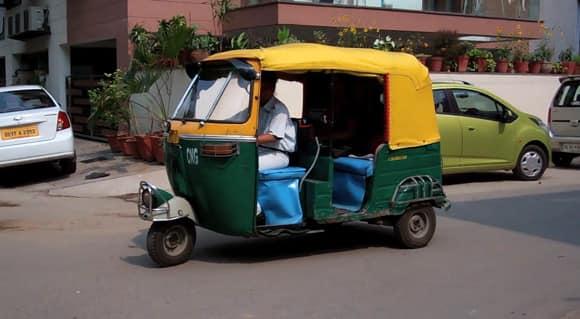 women-cabbies-2.jpg