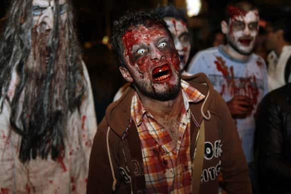 zombie-walk-bogota-1-feature.jpg