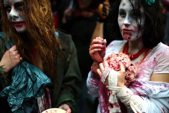 zombie-walk-paris-2-feature.jpg