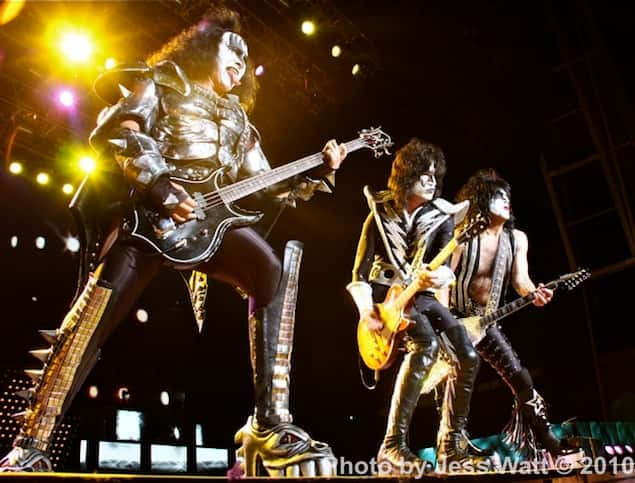KISS group-Photo by JessWatt0000.jpg