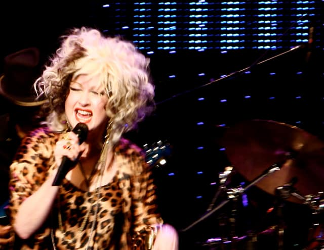 "Cyndi Lauper Plays To The ""Nice North Americans"""
