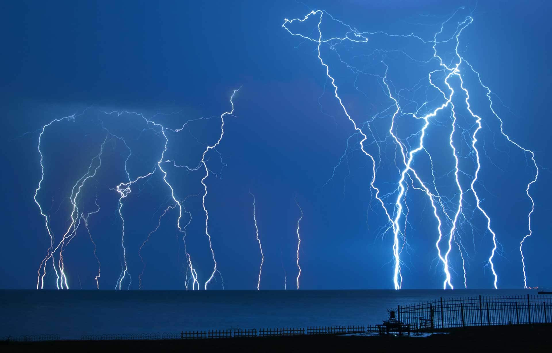 Lightning over Lake St. Clair Photo: seebest